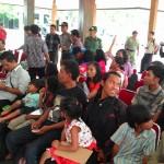 Anggota Gafatar asal Wonogiri saat berada di Pendapa Pemkab Wonogiri sebelum dipulangkan ke kampung halaman, Minggu (31/1/2016). (Bayu Jatmiko Adi/JIBI/Solopos)