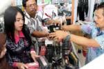 KOSMETIK ILEGAL : Razia Kosmetik Berbahaya, Polres Ngawi Perkarakan 3 Pedagang