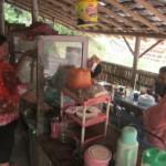 Warung lotek Bu Umi di Gelang Barepan, Mayungan, Ngawen, Klaten (Ponco Suseno/JIBI/Solopos)