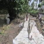 Kondisi tanggul di Modran, Talang, Bayat, Sabtu (6/2). Tanggul tersebut mengalami kerusakan dua kali lantaran tak kuat menahan derasnya air Sungai Dengkeng, yakni Selasa (2/2/2016) malam dan Jumat (5/2/2016) malam.  (Ponco Suseno/JIBI/Solopos)