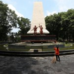 Suasana taman setelah selesai proses renovasi di Monumen 45 Banjarsari, Solo, Kamis (25/2/2016). Warga menyayangkan tidak adanya fasilitas toilet umum serta air mancur di monumen tersebut yang jarang dihidupkan. (Ivanovich Aldino/JIBI/Solopos)