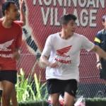 Marc Marquez saat bermain futsal di Kuningan Village, Setiabudi, Jakarta Selatan, Sabtu (13/2/2016) pagi. (Istimewa)