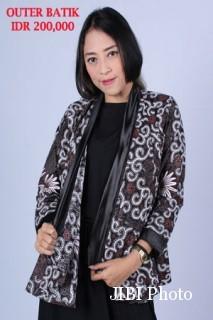 Outer batik motif pacar  All size harga 200000