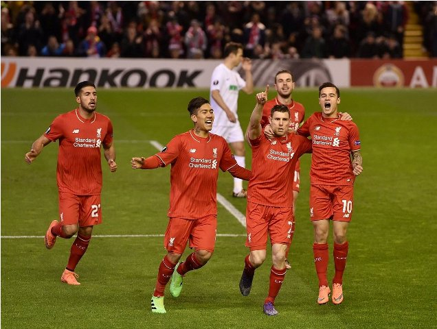 Liverpool vs Augsburg (Twitter)