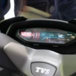 Panel meter TVS Entorq 210. (Motoroids.com)
