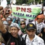 TENAGA HONORER SOLORAYA : Ribuan Honorer K2 di Soloraya Tagih Janji Pengangkatan CPNS