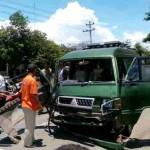 KECELAKAAN SRAGEN : Laka Karambol di Jalan Sragen-Ngawi, Sopir L-300 Tergencet