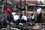 FOTO KEBAKARAN MADIUN : Begini Rumah Terbakar di Madiun…