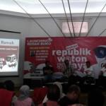 Suasana peluncuran sekaligus bedah buku berjudul Bukan Republik Waton Sulaya karya wartawan senior Solopos, Mulyanto Utomo, di Bentara Budaya Balai Soedjatmoko Solo, Sabtu (6/2/2016). (Ika Yuniati/JIBI/Solopos)