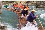 Rafting menggunakan rakit di sungai Kitayama, Jepang (CNN/Kitayama Jepang)
