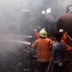 KEBAKARAN KARANGANYAR : Pabrik Agung Tex Terbakar, 9 Mobil Damkar Dikerahkan