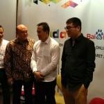 HASIL SURVEI : Netizen Gemar Berburu Berita Online Saat Liburan