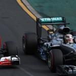 Ferrari vs Mercedes di GP Australia, Minggu (20/3/2016). (Istimewa/@F1)