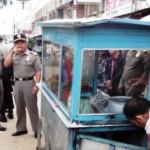 PENATAAN PKL : Satpol PP Semarang Tertibkan PKL Bermobil