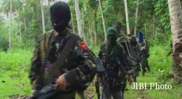 Kelompok Abu Sayyaf (www.ibtimes.com)