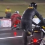 VIDEO LUCU YOUTUBE : Mesin Mati, Pembalap Drag Race Dorong Motor Sampai Finis