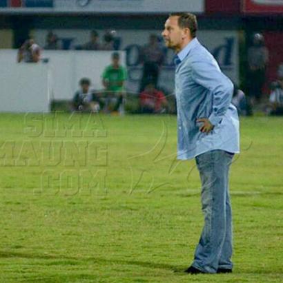 Pelatih Persib, Dejan Antonic (Simamaung)