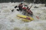 Harian Jogja saat rafting di Sungai Progo, Magelang, Jawa Tengah. Petualangan ini dimulai di Progo Atas, tepatnya dari kompleks Hotel Puri Asri Magelang yang dikelola oleh Progo Exventours. (JIBI/Harian Jogja/Ist)