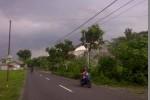 FENOMENA ALAM : Dikira Hujan Abu, Ternyata …