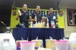 Petugas Satresnarkoba Polres Sleman menunjukkan sejumlah barang bukti miras dari olahan ketela dari sebuah indekos di Prayan Kulon, Condongcatur, Depok, Sleman, Rabu (30/3/2016). (Sunartono/JIBI/Harian Jogja)