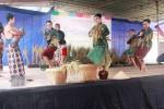 TRADISI GUNUNGKIDUL : Festival Dewi Sri Bagikan 1.000 Nasi Bungkus