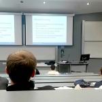 Prof Goddard saat mengajar di kelas. (Istimewa/TheTelegraph.co.uk)
