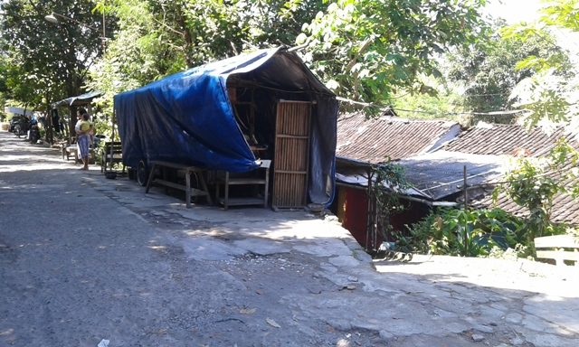 Hunian ilegal di bantaran Kali Tanggul, Serengan, Rabu (27/4/2016). (Irawan Sapto Adhi/JIBI/Solopos)