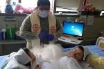 KISAH INSPIRATIF : Bayi Kembar Tiga, 2 Bayi Lahir Siam