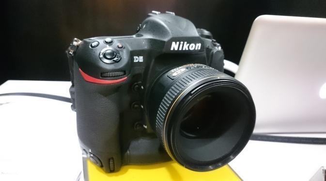 Nikon D5 (Liputan6.com)