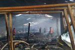 Pasar Bendungan di Wates, Kulonprogo, terbakar pada Selasa (19/4/2016) dini hari. Tidak ada korban jiwa dalam kejadian tersebut meski ratusan kios dan kapling los diketahui ikut hangus terbakar.(Rima Sekarani I.N./JIBI/Harian Jogja)