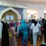 PUSAT PERBELANJAAN : Puluhan Online Shop Pamerkan Produk di The Park Mall