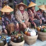 JAMU TRADISIONAL BOYOLALI : Ajak Warga Tanam Empon-Empon dengan Parade Jamu Gendong