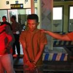 SR, terduga pelaku teror Magelang setelah ditangkap Polres Magelang Kota, Jumat (29/4/2016). Dia ditangkap saat mengonsumsi sabu-sabu. (Istimewa/Detik)