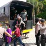 RAZIA SRAGEN : Pasangan Mesum dan Pengamen di Sragen Ditangkap