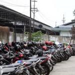 Suasana area parkir di kompleks Stasiun Purwosari, Solo, Senin (16/5/2016). Pengguna jasa parkir mengeluhkan rencana kenaikan tarif yang diterapkan pada 1 Juni mendatang. (Ivanovich Aldino/JIBI/Solopos)