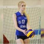 Foto Alisa Manyonok ketika bermain voli. (Istimewa)