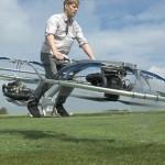 Colin Furze dan hoverbike alias sepeda terbang ciptaannya. (Youtube.com)
