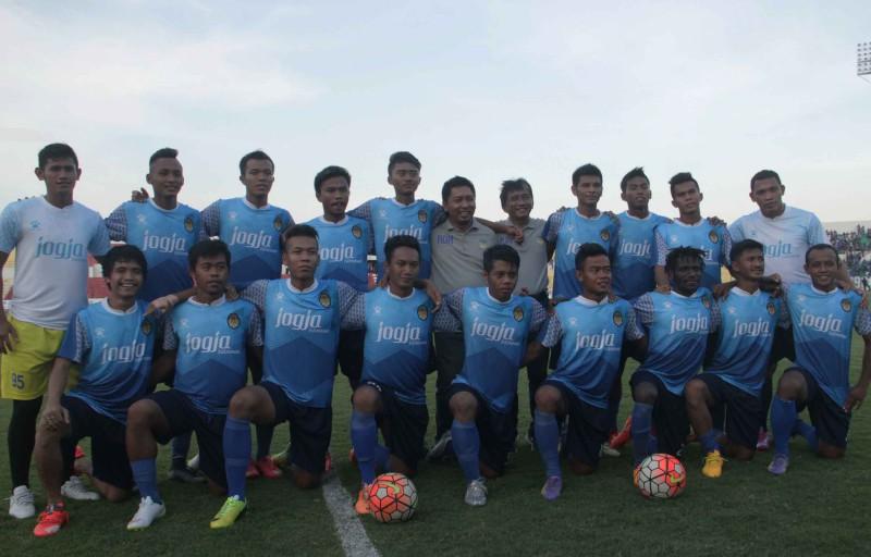 Jersey Baru PSIM yang disediakan oleh Kelme Indonesia (Harian Jogja/JIBI/Arif Junianto)