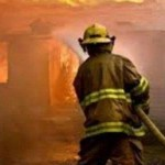Istri bakar rumahnya sendiri (Emirates247.com)