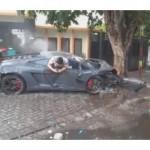 Kecelakaan Lamborghini di Surabaya. (Okezone.com)