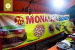 Burger Monalisa (sumber : eatjogja.com)
