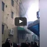 Penyelamatan dramatis ibu ke anaknya yang terjebak api. (Istimewa)