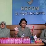 KOSMETIK BERBAHAYA : BBPOM Temukan Ribuan Kosmetik dan Obat Tradisional Ilegal