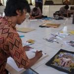 Peserta menggambar poster saat pelaksanaan lomba Gedung Kesenian Kulonprogo, Kamis (19/5/2016). (Sekar Langit Nariswari/JIBI/Harian Jogja)