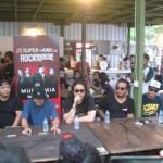 Musikimia dan Endank Soekamti bertemu fans mereka saat meet and greet di Cafe Tiga Tjeret, Klaten, Jumat (27/5/2016) sore. (Taufiq Sidik Prakoso/JIBI/Solopos)