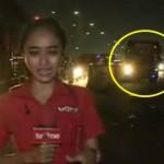 Reporter TV One Nyaris Ditabrak Bus Saat Siaran