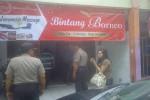 Penggerebekan salon plus di jalan gito-gati Ngaglik Sleman, Rabu (11/5/2016). (Abdul Hamied Razak/JIBI/Harian Jogja)