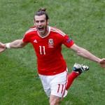 Gareth Bale berselebrasi usai mencetak gol ke gawang Slovakia. (JIBI/Reuters)