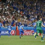 Islandia merayakan kemenangan atas Inggris di babak 16 besar Piala Eropa 2016. (JIBI/Reuters/Eric Gaillard)