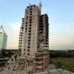 Gedung Mangkrak di Bintaro akan Runtuh Total Malam Ini